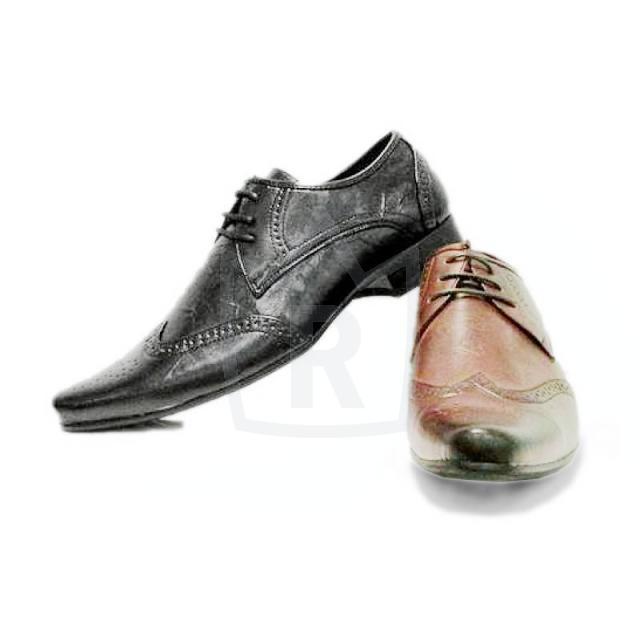 brand new 19bb1 4c5d4 Edle Herren Business Schuhe Gr. 40-45 je 9,95 EUR auf ...