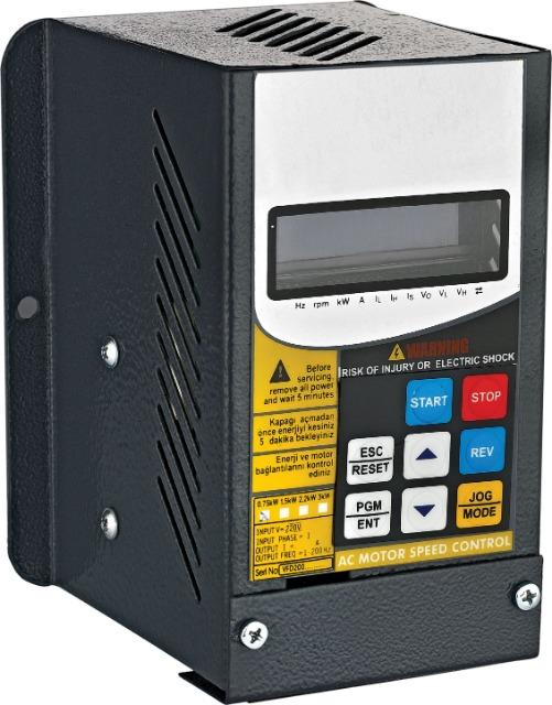 Frequenzumrichter Drehzahlregler 0,75 - 22 Kw IPM-SPWM 75